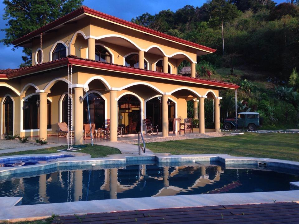 Casa Lapas costa rica front