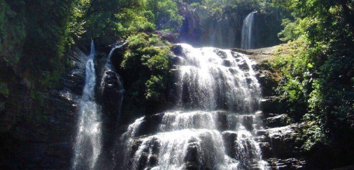nauyaca waterfalls header