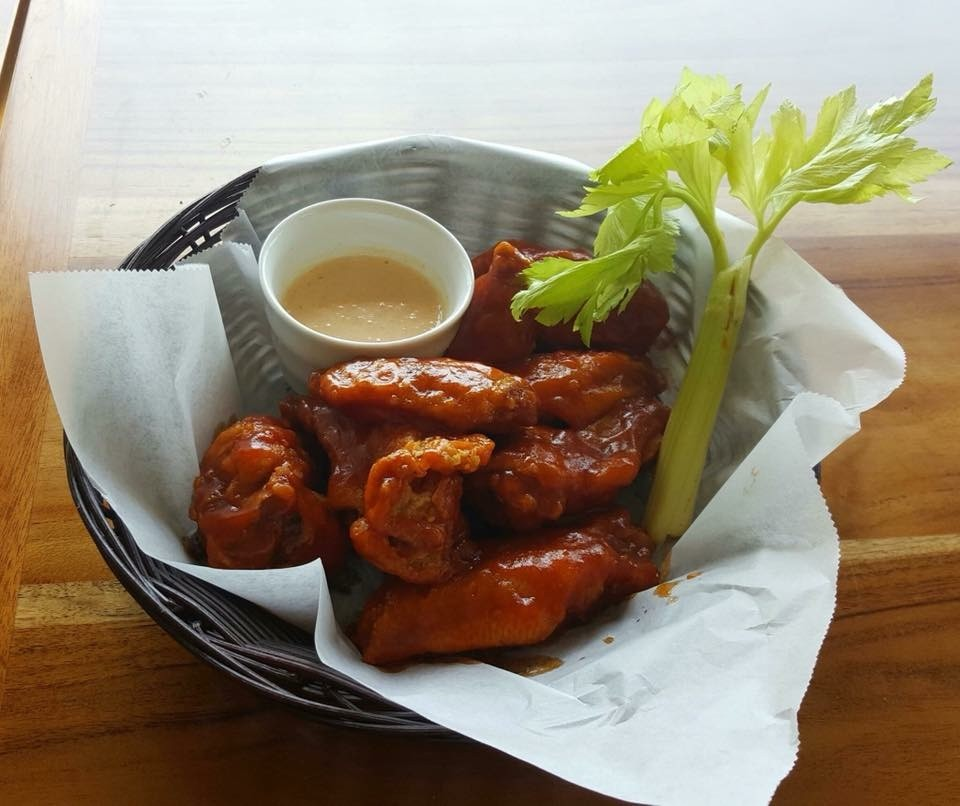 bamboo room ojochal chicken wings
